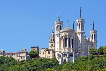フルヴィエール大聖堂外観